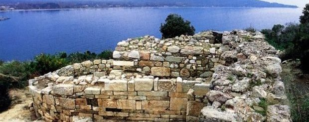 Greek Archaeologist Says He Has Found Aristotle's Tomb